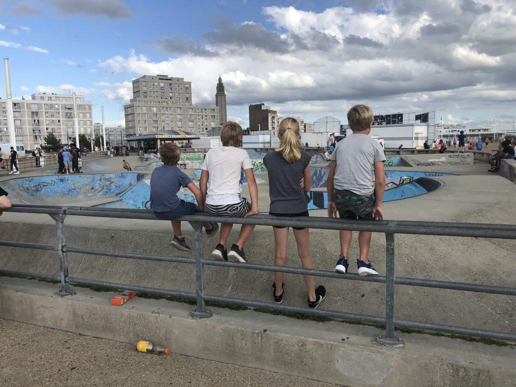 Skateboarders in spé